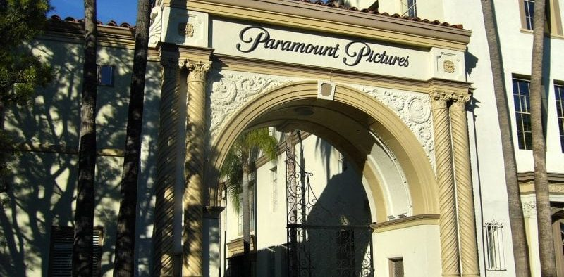 Image of the entrance to Paramount Pictures in Hollywood.