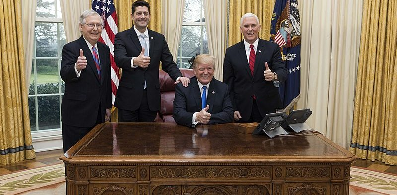 Trump celebrates the passage of tax reform with Vice President Pence, Senate Majority Leader Mitch McConnell and Speaker of House Paul Ryan (December 20, 2017)