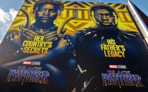 Cartazes do filme Black Panther em Londres, 2018.