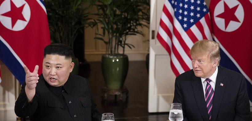 特朗普总统访问越南