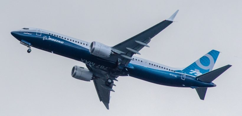 737 MAX 9 first flight on April 13, 2017 (Photo By Jeff Hitchcock, CC BY 2.0, https://commons.wikimedia.org/w/index.php?curid=58002585)