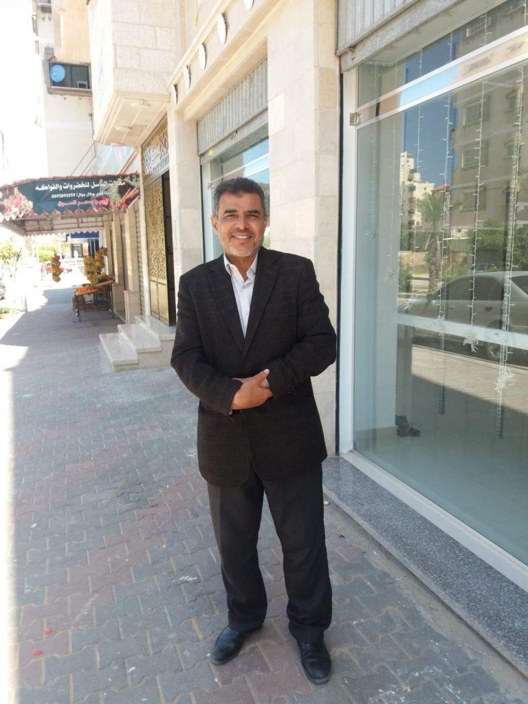 El analista político Hassan Abdo (Foto: Rami Almeghari)