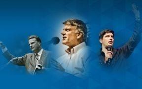 Billy Graham, o filho Franklin Graham e o neto Will Graham. (Foto: Associação Evangelística Billy Graham, Facebook)