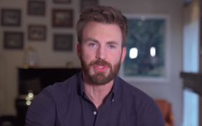 Chris Evans in promovideo voor A Starting Point (Screenshot via Vimeo)