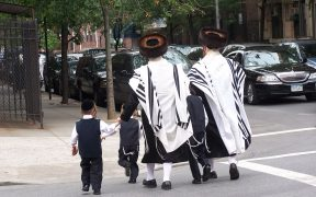 Judios ultraortodoxos en Brooklyn