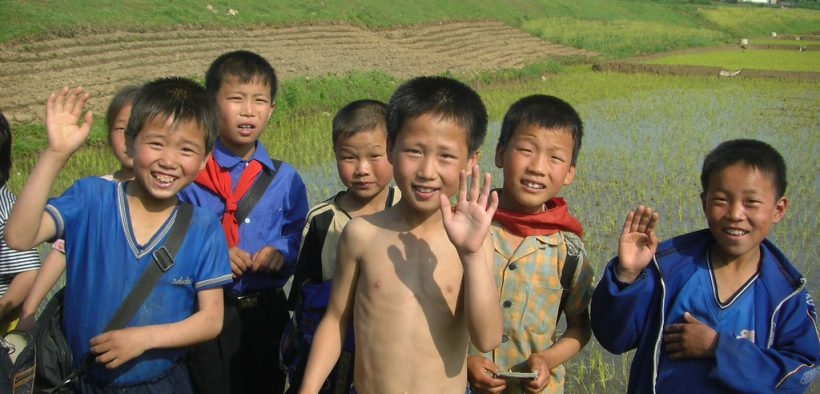 North Korean children. Taken somewhere in North Hwanghae province, on the way from Kaesŏng to Haeju. June, 2008. (Photo: Flickr, stephan)
