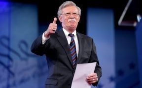 John R. Bolton spreekt op de 2017 Conservative Political Action Conference (CPAC) in National Harbor, Maryland.