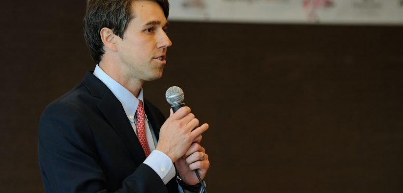 Beto O'Rourke speaks to attendees at a forum in El Paso, Texas - February 22, 2012 (Photo: Beto For Congress)
