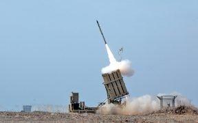 Un missile israeliano lanciato da Iron Dome nel mese di novembre 16, 2012. (Foto: esercito israeliano)