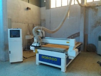 मगाजी शरणार्थी शिविर में लुत्फी डाहर की मशीन