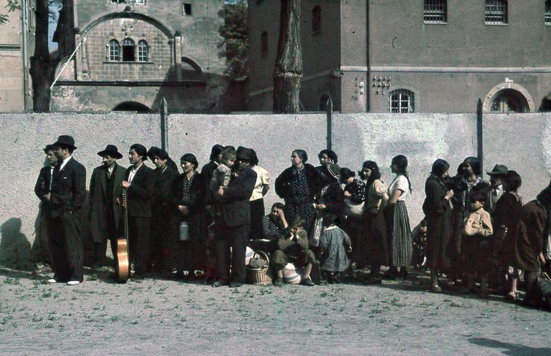 Bundesarchiv R 165 Bild 244 48 Asperg Deportation von Sinti und Roma