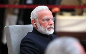 भारत के प्रधान मंत्री नरेंद्र मोदी ब्रिक्स देशों के राष्ट्राध्यक्षों और सरकार के प्रमुखों की एक अनौपचारिक बैठक में। तिथि 7 जुलाई 2017