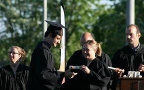 Graduation Ceremony (Photo: MaxPixel)