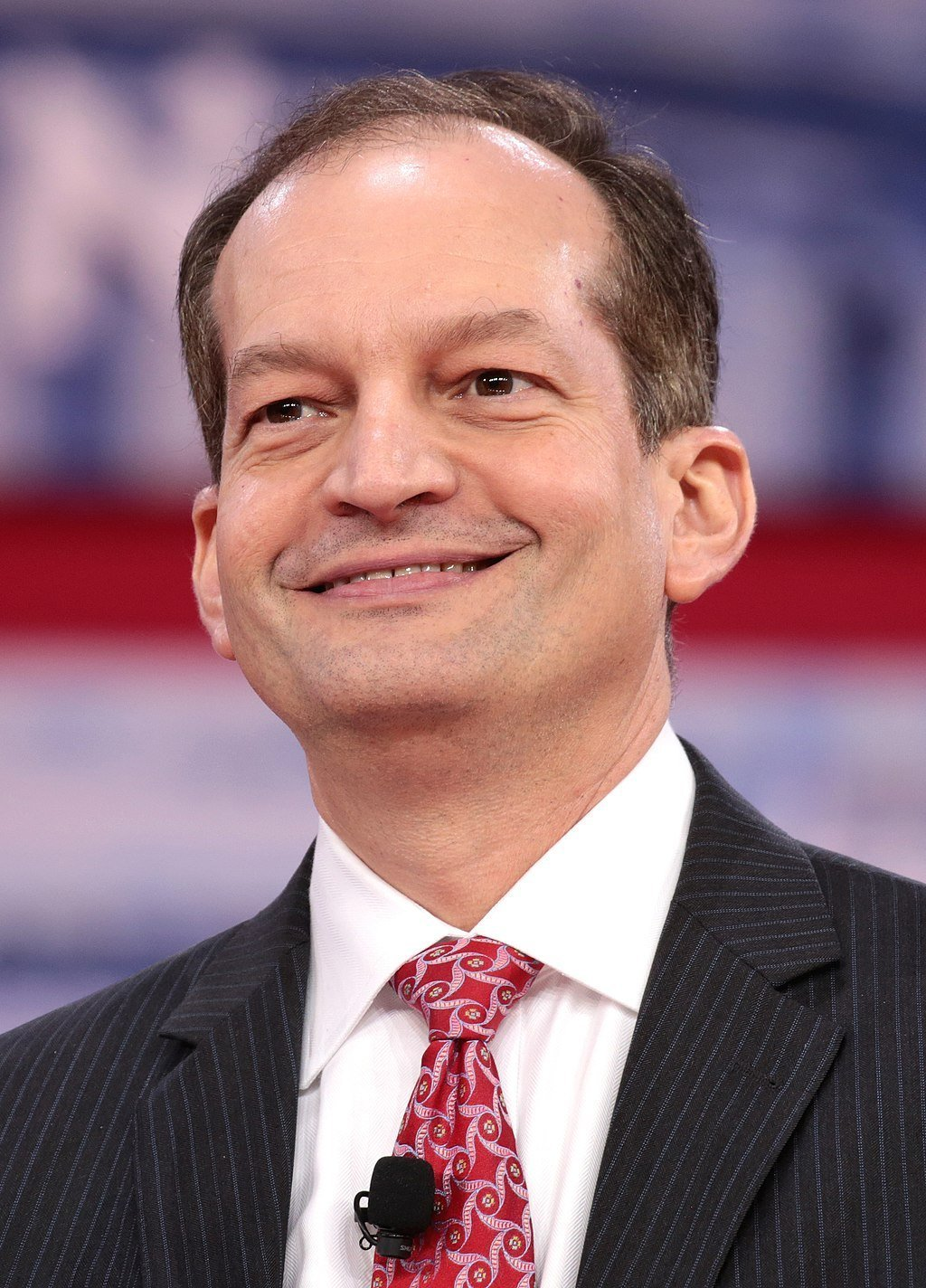 Alexander Acosta parla al CPAC 2018 a National Harbor, nel Maryland.