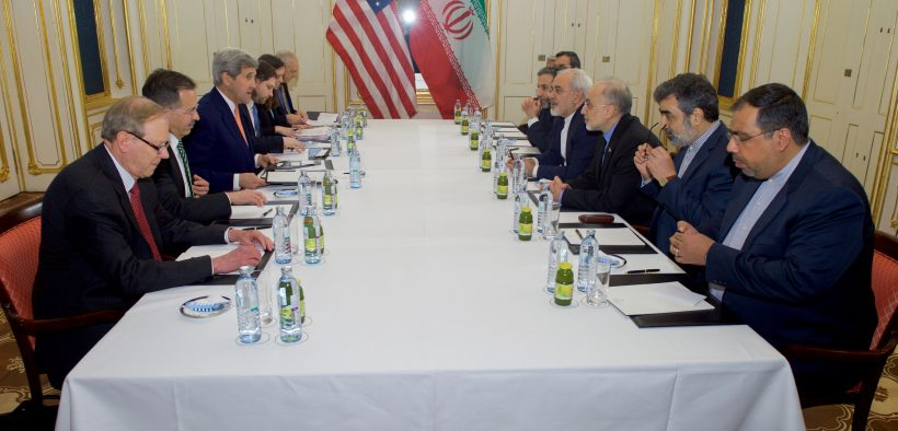 American and Iranian Diplomatic Team Meeting in 2016 (Courtesy of Wikimedia Commons)