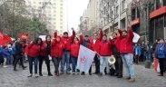 Membres du SIL Sindicato Interempresa Líder Walmart en grève au Chili. (Photo: SIL Facebook)