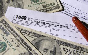 US tax return and money