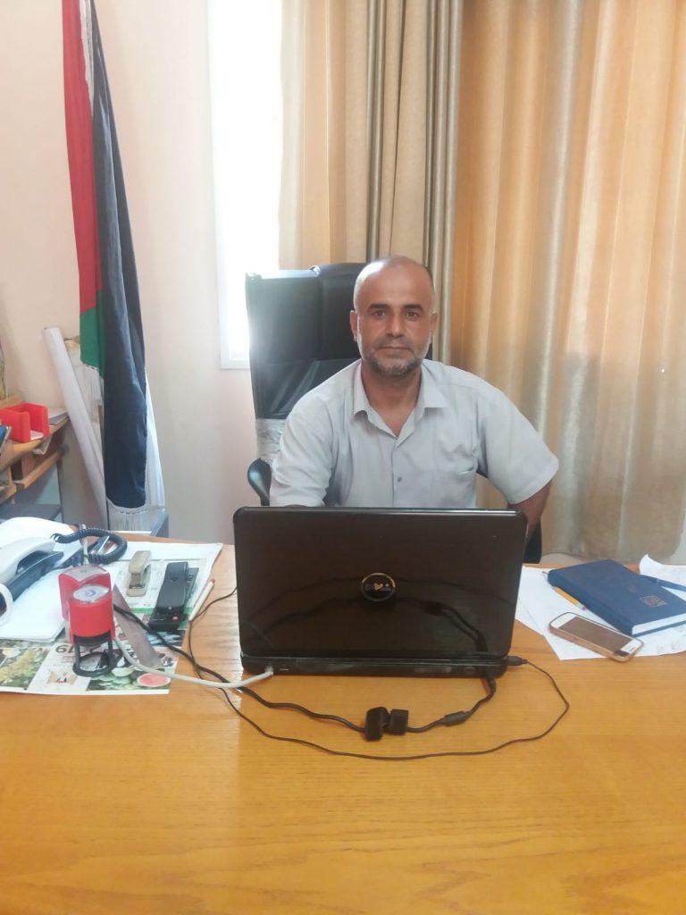 Hassan Azzam do Ministério da Agricultura em Gaza. (Foto: Rami Almeghari)