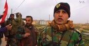 Soldati dell'esercito siriano vicino a Manbij, che agiscono come forze di pace per dissuadere la Turchia e le forze democratiche siriane dall'attaccarsi.