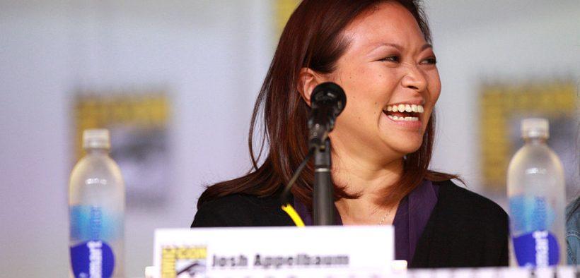 "Adele Lim spreekt op de 2013 San Diego Comic Con International, voor ""Star-Crossed"", in het San Diego Convention Center in San Diego, Californië."