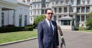 Finanzminister Steven Mnuchin (Offizielles Weißes Haus Foto von Ricky Harris)
