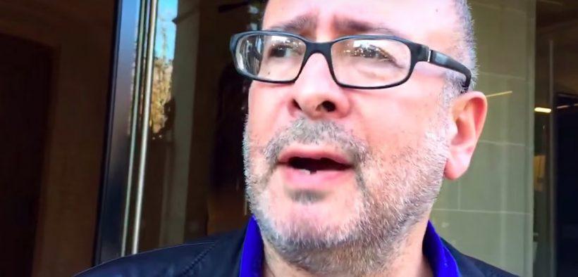 """Peter Listerman em um vídeo do YouTube da 2015 sobre seu novo programa """"Gold Pussy"""". (Foto: YouTube)"""