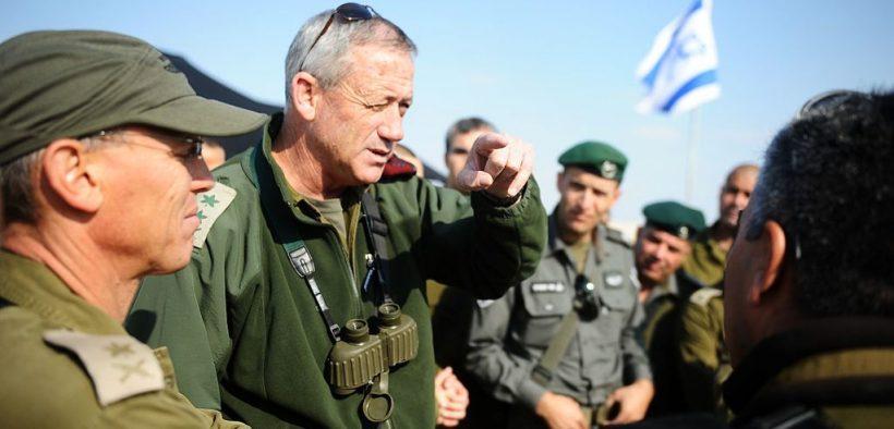 Generalleutnant Benny Gantz bereist mit 2012 die israelischen Grenzen und informiert Soldaten und Offiziere, um ein hohes Maß an Bereitschaft und Wachsamkeit für zukünftige Ereignisse zu gewährleisten. (Foto: Israelische Armee)
