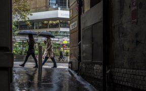 Pedestrians walking in Sydney, Australia. (Photo: PxHere)
