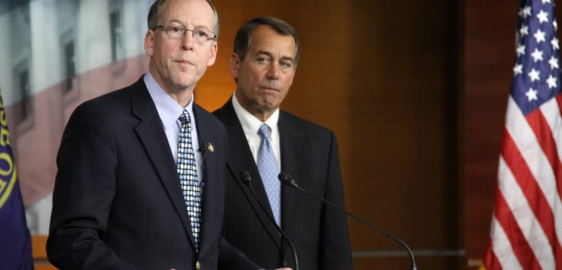 Rep. Greg Walden (left) with then House Republican leader John Boehner during a press conference in 2010.