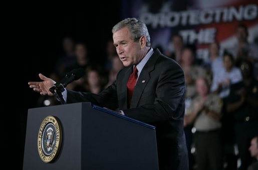 Bush encourages renewal of Patriot Act 2005