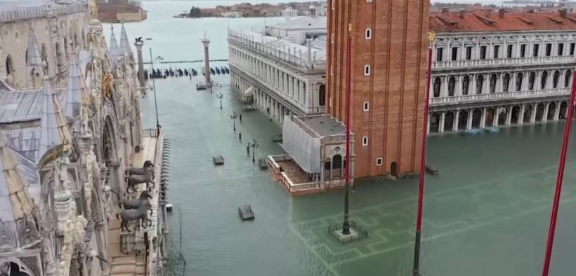 screenshot of Venice, Italy flooding