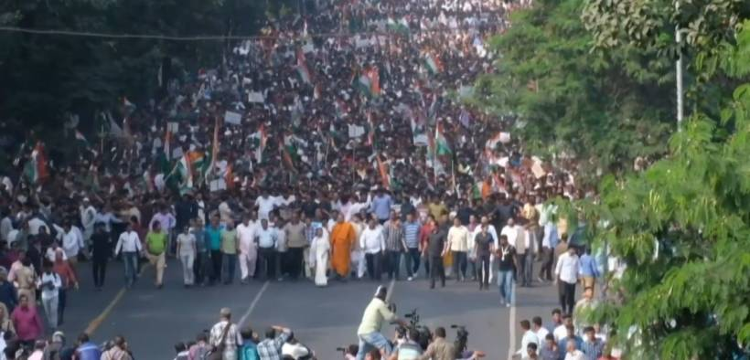 Mass protest in India over a new citizenship law many see as discriminatory. (Photo: YouTube)