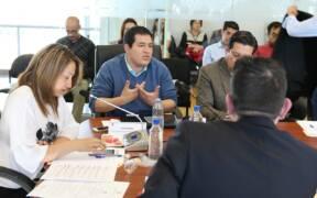 Comision de Desarrollo Economico recibe al Ministro Coordinador de Conocimiento y Talento Humano Andres Arauz 30288716370